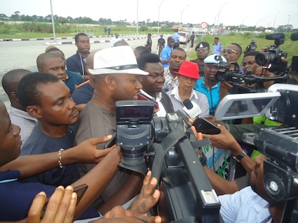 Engr Alagbariya speaks to the media at the NLNG office in Port Harcourt