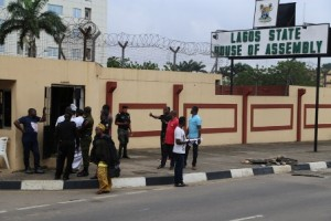 Majidun community people were not allowed into the Lagos House of Assembly.