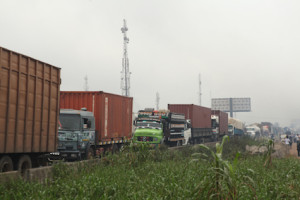 Gridlock on the expressway  at Lotto bus stop, Mowe town in Ogun state, Nigeria