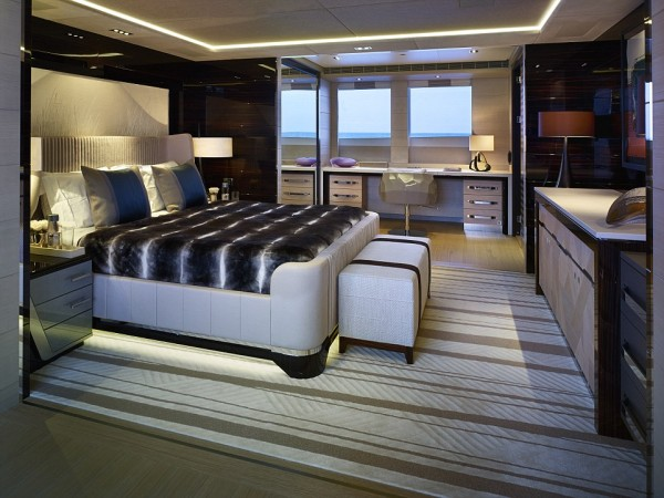 Yet another bedroom of the boat