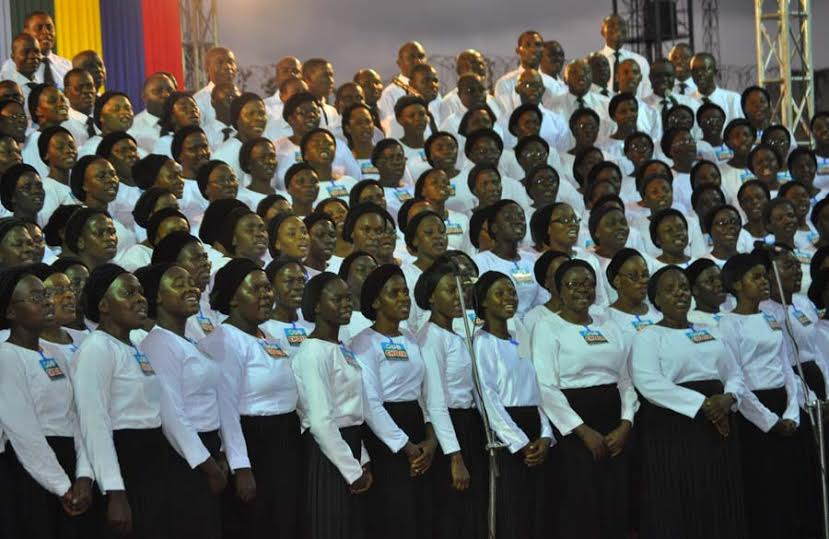 Deeper Life Choir ministering at the Agege crusade