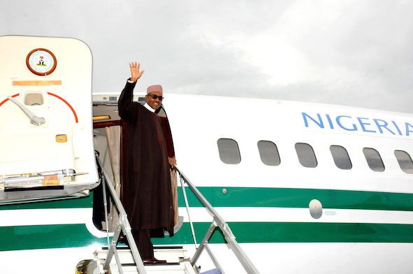 Buhari: boarding plane for journey to United States