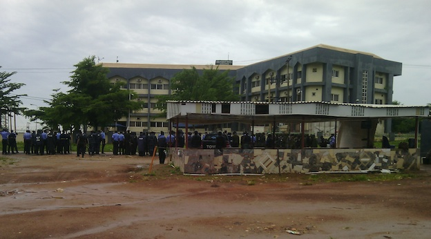 Policemen at the Code of Conduct Tribunal today at 8am. Photo: Femi Ipaye