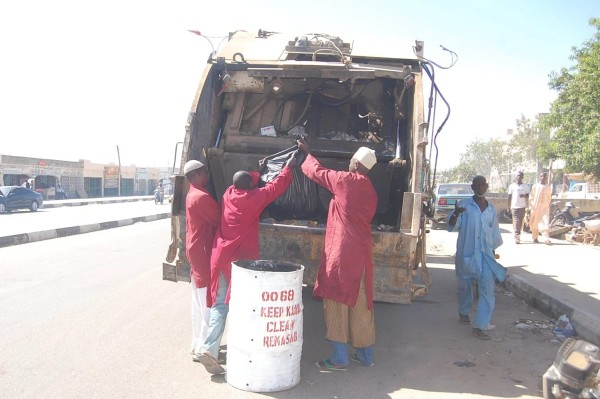 Kano ' s street sweepers