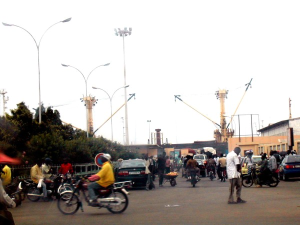 Port of Cotonou: Bubbles with Nigerian cargoes