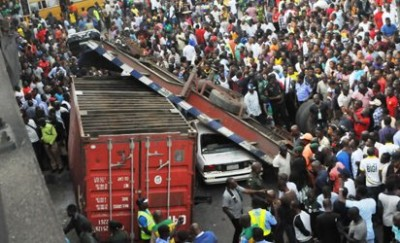 Truck accident at Ojuelegba Lagos