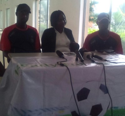 Sponsor, Mimshack Sports Mock Nations Cup, Barrister (Mrs) Rotimi Alfred (middle) with members of the organising committee of the competition, Coach Adewale Adams (right) and Coach Samuel Badejo at the NITEL Training School, Cappa, Oshodi in Lagos on Thursday. PHOTOS: Taiwo Adelu