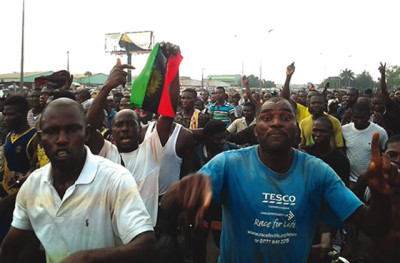 A cross section of people protesting the arrest of Radio Biafra's director, Nnamdi Kanu, in Onitsha