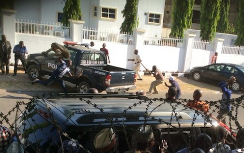 The rioters in action at the APC secretariat Abuja