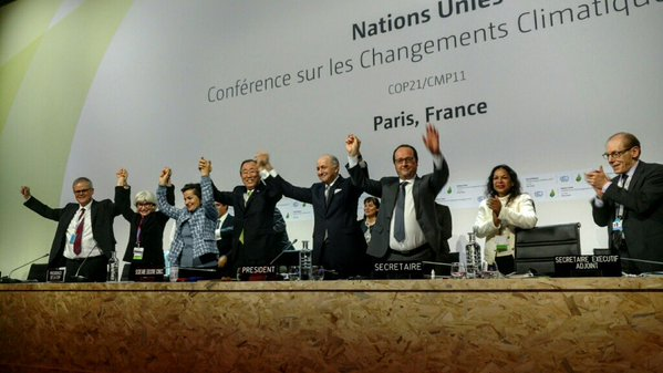 Leaders cheer at Paris Climate Conference