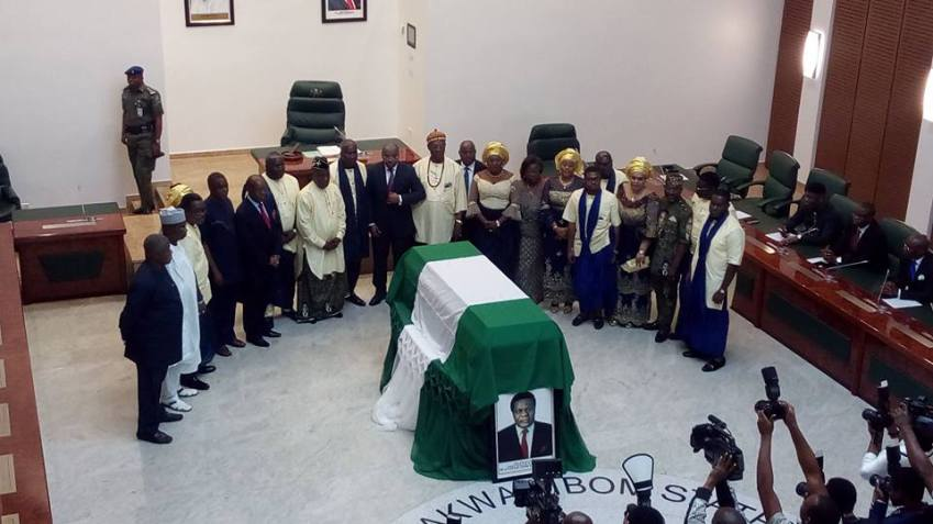 File: a special session held for Don Etiebet by Akwa Ibom cabinet
