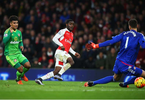 Campbell: opened scoring for Arsenal