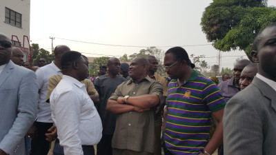 Governor Nyesom Wike (m), Head of Civil Service, Rufus Godwins and Commissioner for Health, Dr Odagme Theophilus at the Braithwaite Memorial Hospital, Port Harcourt