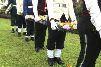 Millitary Personnel with the wreaths