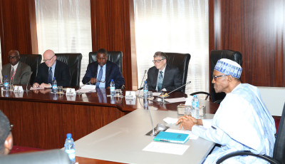 R-L:  President Muhammadu Buhari; Chairman Bill And Melinda Gates Foundation, Mr Bill Gates; President Dangote Group, Alhaji Aliko Dangote;  President Global Development of Bill and Melinda Gates Foundation, Mr Christopher J. Elias and Director Africa Team, Global Policy and Amp; Advocacy Of Bill And Melinda Gates Foundation, Mr Ayo Ayaji, during an audience with Bill Gates and Alhaji Aliko Dangote at the State House In Abuja. Photo; Sunday Aghaeze