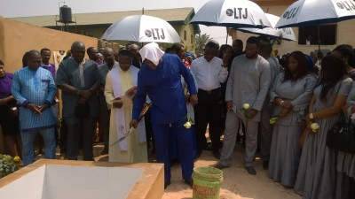 Stephen Keshi performing dust to dust to his late wife