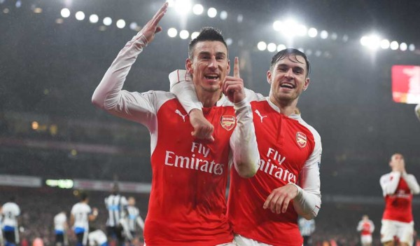 Koscielny with Ramsey after the winning goal