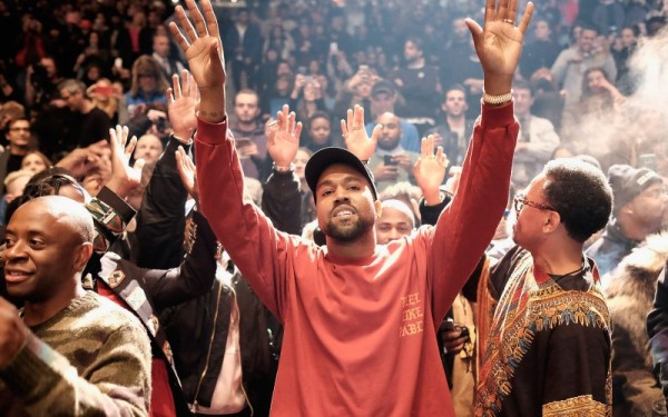 Kanye West in  his 'I feel like Pablo' T-shirt. Photo credit: The Daily Beast