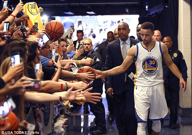 Everyone loves Curry