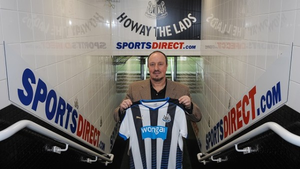 Rafael Benitez poses for photographs in the tunnel after signing as Newcastle United's New Manager at St.James' Park on March 11, 2016, in Newcastle upon Tyne, England.