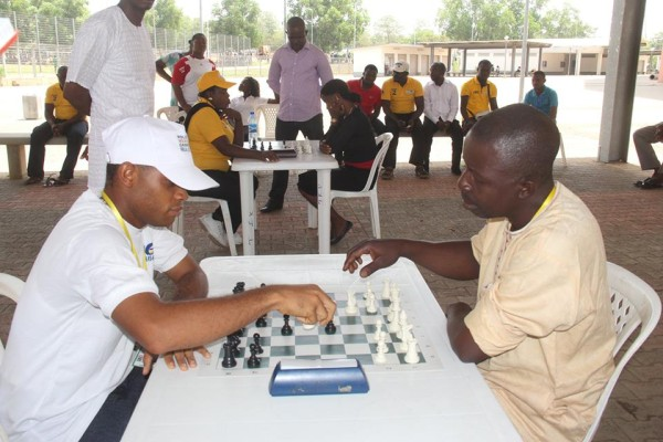 Police games: Chess