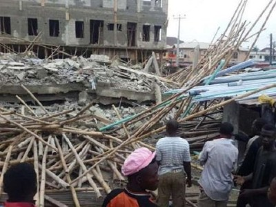 FILE: A collapsed building (File pix)