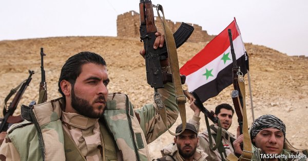 Syrian troops in the liberated Palmyria
