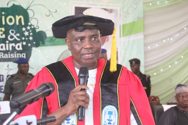 Governor Aminu Tambuwal delivering the convocation lecture