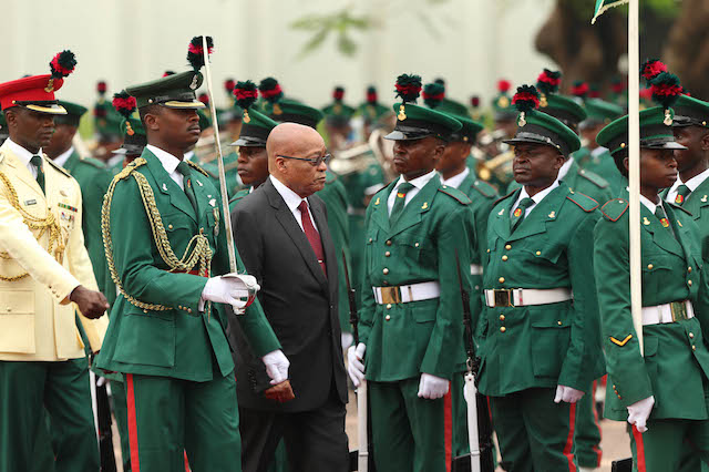 Zuma inspects the guards of honour