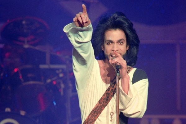 Prince at a concert in Paris 26 years ago