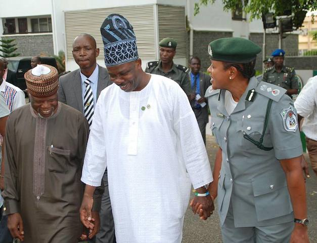Amosun with Hameed Ali and a Customs chief