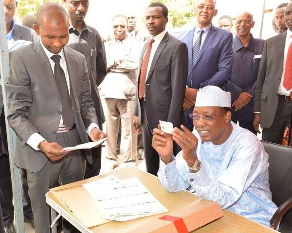 Idriss Deby Itno checking his voters card two weeks ago
