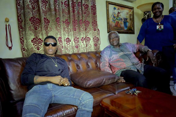 Wizkid with the President  Koroma of Sierra Leone. In Freetown for the country's 55th independence anniversary