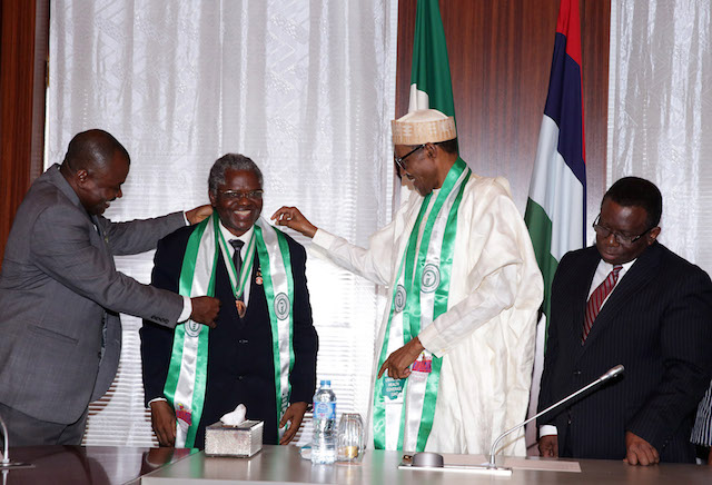 R-L;  Minister of Health, Prof Isaac Adewole, President Muhammadu Buhari, President Nigerian Medical Association (NMA), Dr Kayode Obembe and Dr Titus Ibekwe after the decoration during an audience with members of Nigerian Medical Association at the State House in Abuja. PHOTO; SUNDAY AGHAEZE