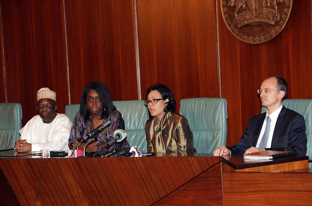 L-R; Permanent Secretary Ministry of Finance, Alhaji Mahmoud Dutse, Minister of Finance, Mrs Kemi Adeosun, MD/CEO WorldBank Group, Ms. Sri Mulyani and World Bank Country Director for Nigeria, Mr Rachid Benmessaoud at a press briefing at the villa.