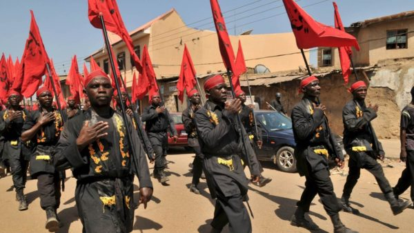 File: Shiites members on procession