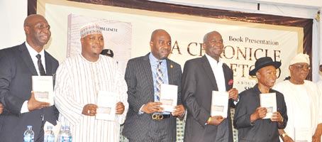 From left: Author, Omatseye; Special Adviser on Media to Sokoto State Governor, Malam Imam Imam, representing Governor Aminu Tambuwal of Sokoto; Special Adviser to Governor Akinwumi Ambode of Lagos State on Education, Obafela Bank-Olemoh, representing the governor; Minister of Works, Power and Housing, Mr. Babatunde Fashola; Publisher, Vanguard Newspapers, and Chairman of the occasion, Mr. Sam Amuka, and former Governor of Ogun State, Aremo Olusegun Osoba, at the presentation of Omatseye's book, A Chronicle Foretold, on the theme Birth Pangs of a New Era, in Lagos. Photo credit: Vanguard