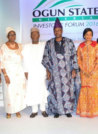 (L-R) Mrs. Bola Obasanjo, wife of former President Olusegun Obasanjo; Chief Audu Ogbeh, Minister of Agriculture and Rural Development; Ogun State Governor, Ibikunle Amosun and his wife, (Dr) Mrs. Olufunso Amosun at the 2016 Ogun State Investors' Forum on Wednesday