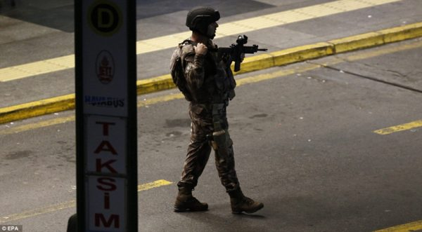 A member of the Turkish special force at the airport after the terrorist attack