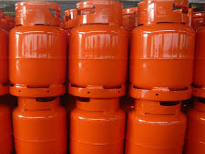 file: gas cylinders
