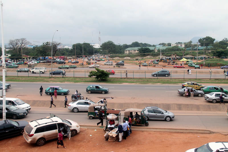 Garki Area 3 junction is a major transport hub for those coming into Abuja city from the suburbs of FCT.  But criminals also regularly operate in the area, especially from around 8 pm to early in the mornings.