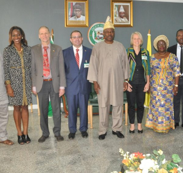 R-L: Ogun State Deputy Governor, Chief (Mrs.) Yetunde Onanuga, Deputy Head of German Agency for International Cooperation (GIZ), Stlvle Hoster, Governor Ibikunle Amosun of Ogun State, Programme Manager of GIZ, Mr. Torsten Schlink, Special Adviser to the Governor on Agricultural Value Chain, Ludwig Kiefer and the Special Adviser on Trade and Investment, Mrs Hafsat Abiola-Costello during a courtesy visit to the governor in Abeokuta..