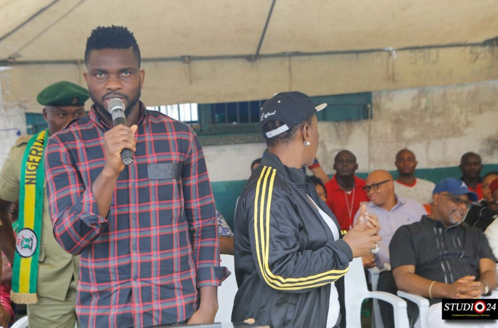 Yobo speaking at the occassion