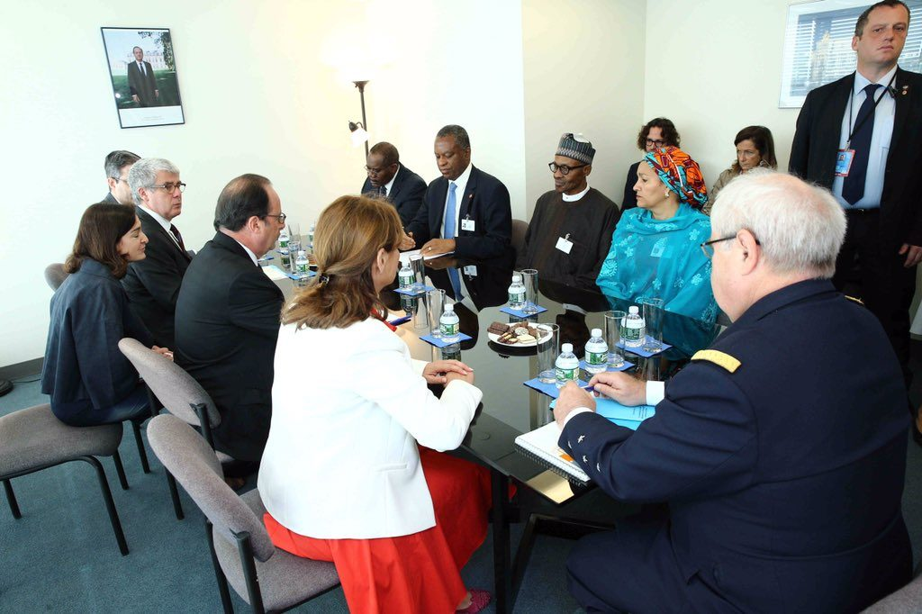 President Buhari and other members of the Nigerian team at the bilaterial meeting with France