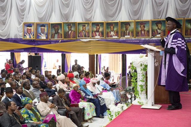 """Fashola, right, delivering the 42nd Convocation Lecture of the University of Benin, on the theme,"""" Freedom from Fear, Choices before the New Generation,""""at the Akin Deko Auditorium, Ugbowo Campus in Benin City, Edo State on Friday 25th November, 2016."""
