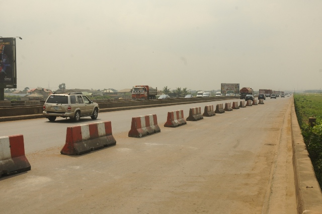 Vehicles moving freely after the completed Phase One of the rehabilitation of the Long Bridge after 40 years of use as part of the reconstruction and rehabilitation of the Lagos-Ibadan Expressway by the Federal Government during an inspection visit by the Hon. Minister of Power, Works and Housing, Mr Babatunde Fashola, SAN (right)