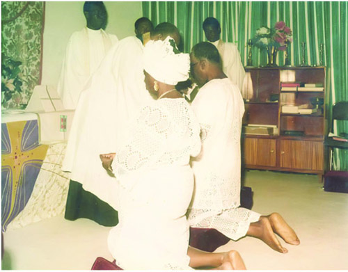 PRAYER TIME: HID and Obafemi Awolowo at the altar for prayers