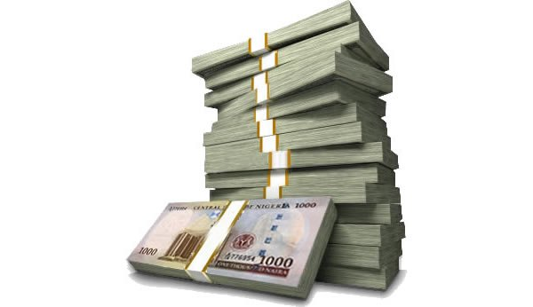 Naira notes: less than 28 million Nigerians earn above N100,000 in a year