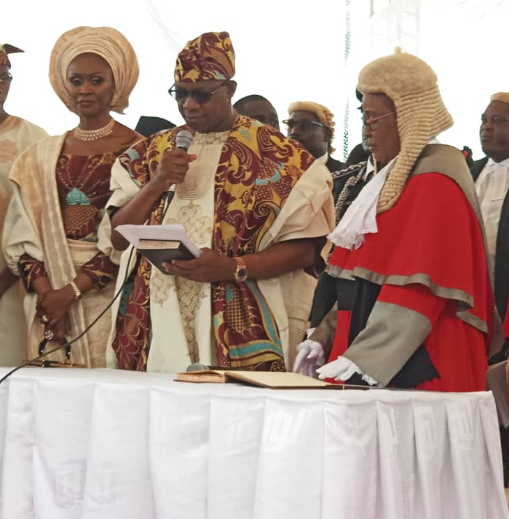 Dapo Abiodun taking oath of office as the fifth Executive Governor of Ogun