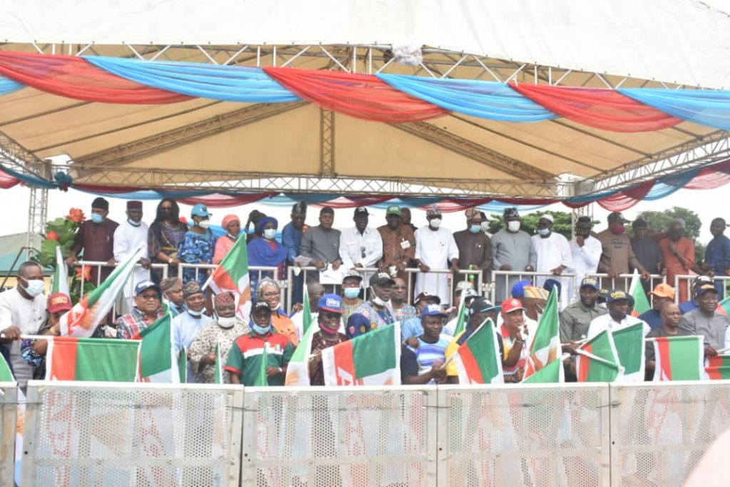 Lagos APC chairmanship candidates at the official presentation of party's flags ahead of the July 24 Local Government election in Lagos.